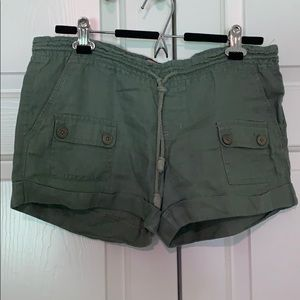 Juicy Couture Green Linen Shorts